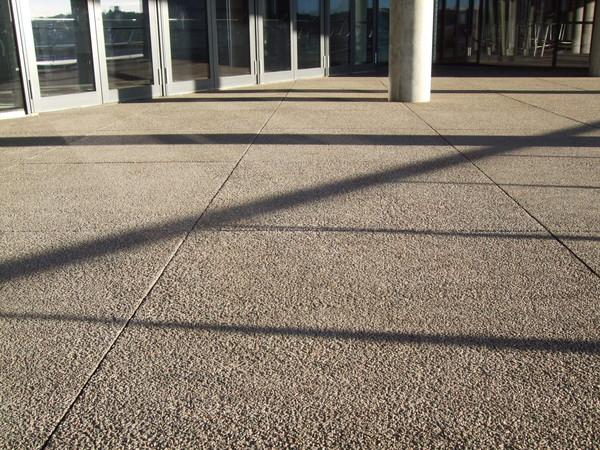 Teracinio betono plytelės verslo centre