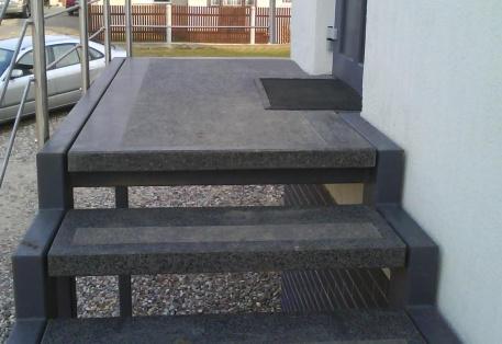 Teracinio betono aikštelės ir laiptų pakopos
